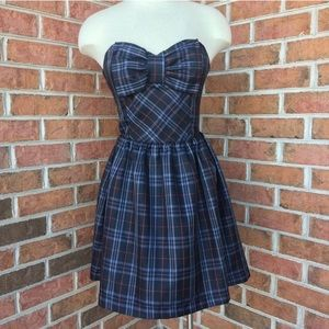 Wet Seal plaid strapless bow tie dress